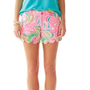 "Lilly Pulitzer 5"" Buttercup Short in 'All Nighter'"
